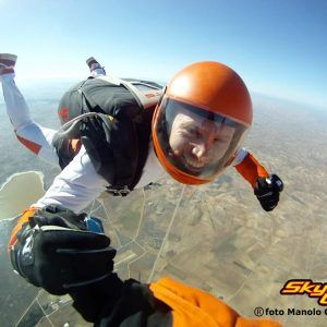 SKYDIVE TOUR IN TAXI (5)